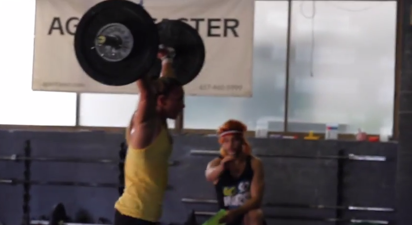 Kara Webb does CrossFit Open Workout 15.2